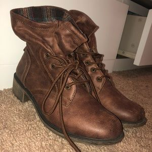Shoes - Brown ankle boots with fold outs